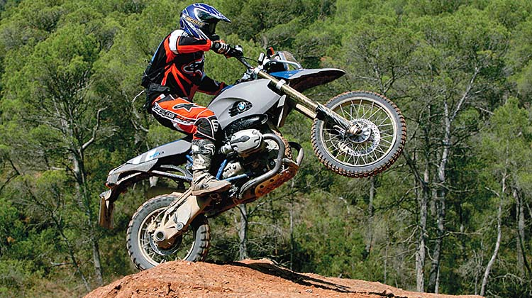 bmw hp2 enduro impennata
